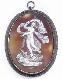 AN ITALIAN RELIEF CARVED CAMEO