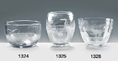 AN ENGRAVED AND WHEEL-CUT GLAS