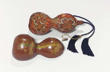 A Lacquered-Gourd Wine Flask a