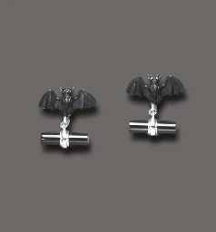 A PAIR OF ONYX CUFF LINKS, BY