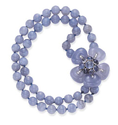 AN IMPORTANT BLUE CHALCEDONY,