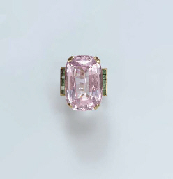 A SIMULATED PINK TOPAZ, EMERAL