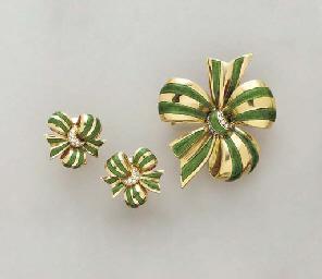 A SET OF GREEN ENAMEL, DIAMOND