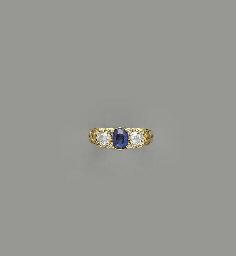 AN ANTIQUE SAPPHIRE, DIAMOND A
