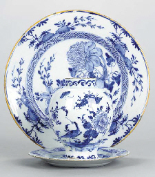 A GROUP OF DUTCH DELFT WARE,