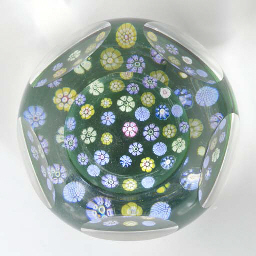 A Whitefriars faceted scattere