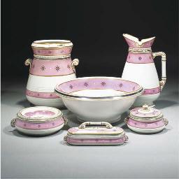 A Minton Toilet Set