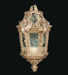A BAROQUE STYLE CARVED GILTWOO