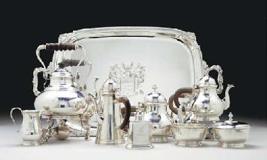 A GEORGE V SILVER TEA AND COFF