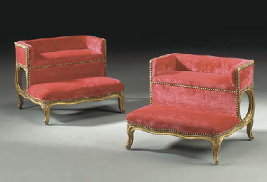 A PAIR OF FRENCH GILTWOOD BEDS