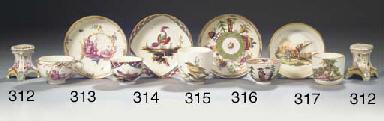 A Höchst porcelain ornithologi