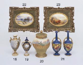 A ROYAL WORCESTER OVAL PLAQUE