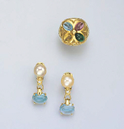 A MULTI-GEM RING AND PAIR OF E