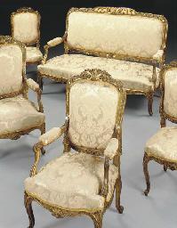 A Louis XV style giltwood five