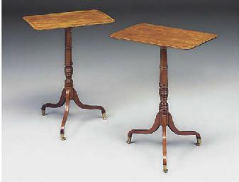 A PAIR OF MAHOGANY TRIPOD TABL