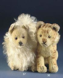 A Steiff Pomeranian
