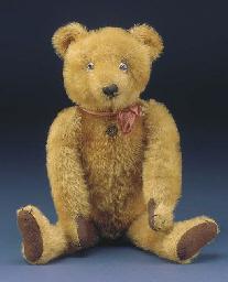 A rare Pintel teddy bear