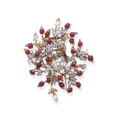 A DIAMOND, RUBY AND GOLD BROOC