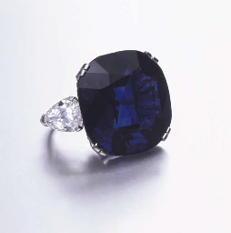 AN EXCEPTIONAL SAPPHIRE RING