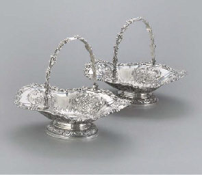 A PAIR OF CONTINENTAL BASKETS