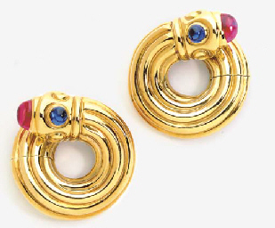 A PAIR OF 18K GOLD AND SIMULAT