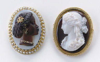 A PAIR OF AGATE, GEM-SET AND G
