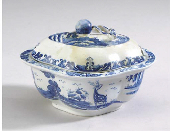 AN ENGLISH PORCELAIN CHINOISER