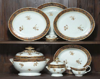 A CHINESE EXPORT PORCELAIN SEP