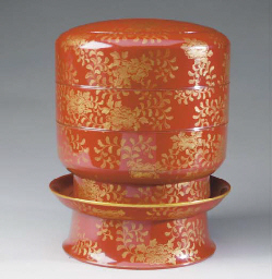 A JAPANESE GILT RED-LACQUER CY