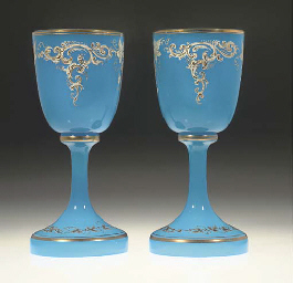 A PAIR OF OPAQUE BLUE ENAMELLE