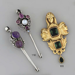 Two gem bar brooches, attribut