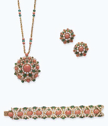 A SUITE OF CORAL, EMERALD, CHRYSOPRASE AND DIAMOND JEWELRY, BY VAN CLEEF...