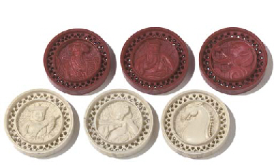 A SET OF CHINESE-EXPORT IVORY DRAUGHTS COUNTERS