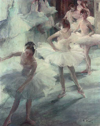 Ballet dancers waiting in the