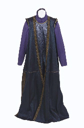 Q'S SHERIFF OF NOTTINGHAM COSTUME
