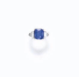 A FINE SAPPHIRE AND DIAMOND RI