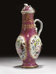A PORCELAIN EWER AND COVER, FR