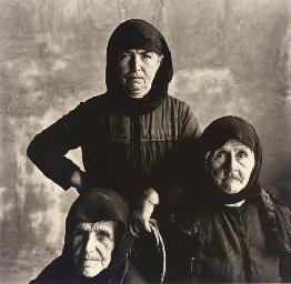 3 Cretan Women (With Rope), 19