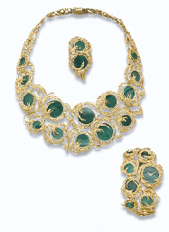 A MALACHITE AND GOLD SET AND L