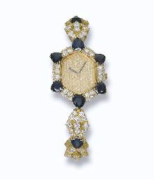 A LADY'S DIAMOND AND SAPPHIRE