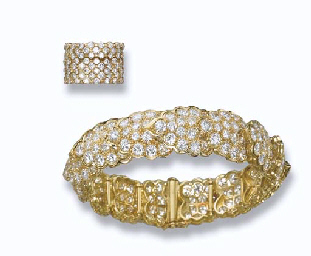 A DIAMOND BANGLE, BY MOUAWAD A