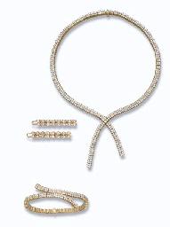 A PAIR OF DIAMOND HAIR SLIDES,