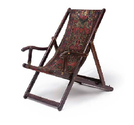 A ROSEWOOD FOLDING DECK CHAIR