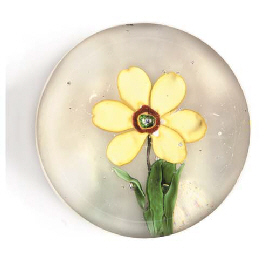 A FLOWER WEIGHT