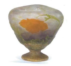 A DAUM NANCY WHEEL-CARVED CAMEO GLASS VASE