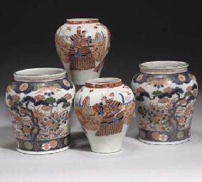 A Pair of Japanese fukugawa jars, 19th century