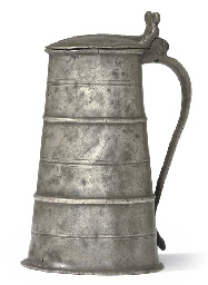 A VERY RARE ENGLISH PEWTER GREAT HOOPED QUART OR 'THURDENDAL...