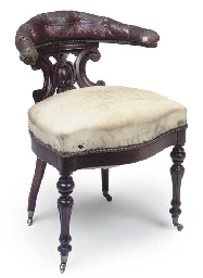 AN EARLY VICTORIAN ROSEWOOD DE