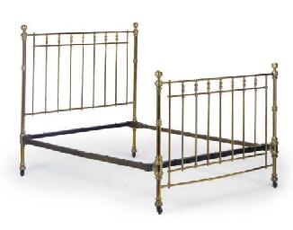 A VICTORIAN BRASS BED STEAD