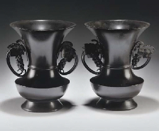 A pair of Japanese bronze vases, Meiji (1868-1912)
